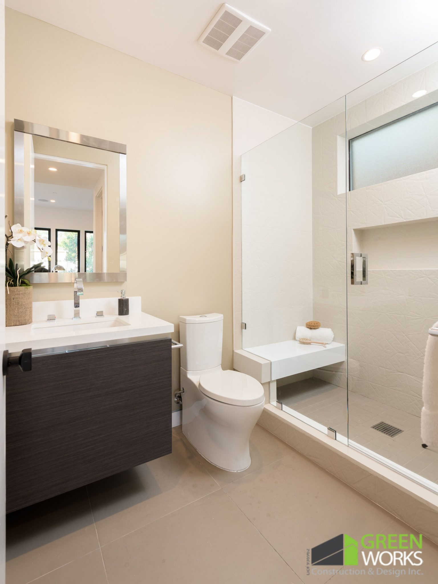 Cranks Rd- Guest Bathrooms/Powder Room - Greenworks Construction and ...